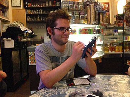 ピグフォン パリのゲームカフェ