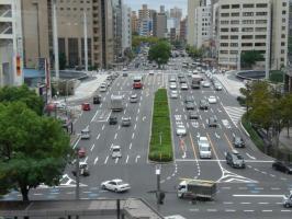 広島駅前の通り