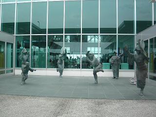 徳島阿波踊り空港1