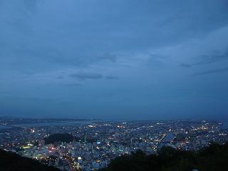 眉山山頂夕暮れ