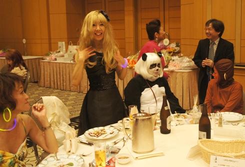 8)モンキッキーとパンダちゃん見て~