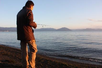 12.10琵琶湖畔キャンプ3早朝釣り