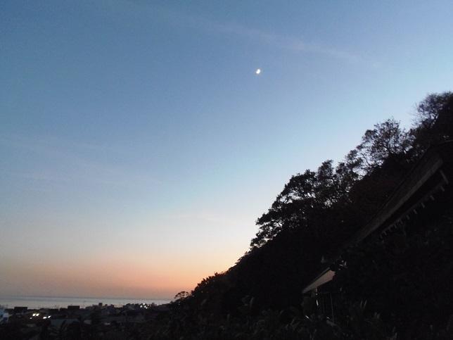 長谷寺から由比ヶ浜2