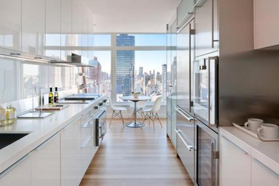 the_laurel_kitchen_dining.jpg