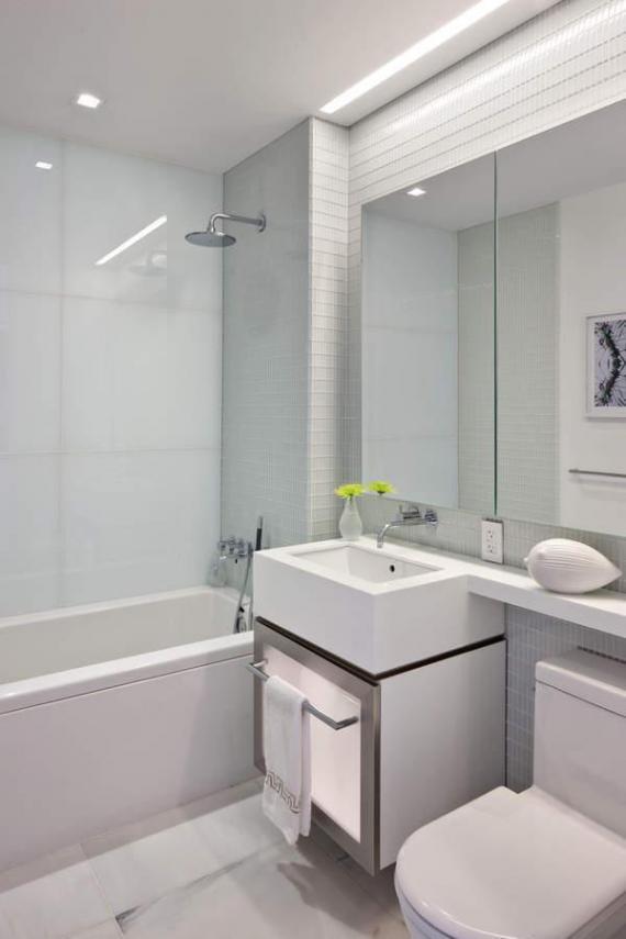 the_laurel_secondary_bathroom.jpg