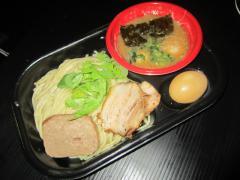 大つけ麺博2012 第三陣 ~『中華蕎麦 とみ田』&『麺屋 一燈』~-9