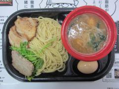 大つけ麺博2012 最終日 ~再びの『中華蕎麦とみ田』&『麺屋一燈』~-13