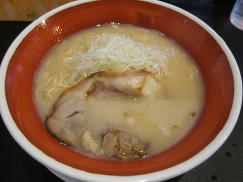 藤原ラーメン(藤原ラーメン・塩味とんこつ)