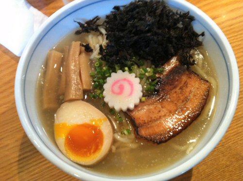 鶏と煮干しの冷やしそば(¥750)