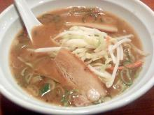 ソラトブ ドンブリ-味噌ラーメン(¥580)