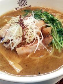 ソラトブ ドンブリ in 愛知-濃いめ焼き干し味噌(¥990)