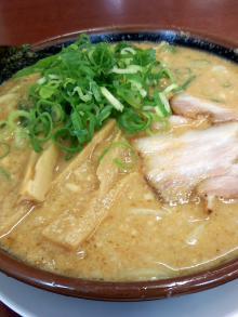 ソラトブ ドンブリ in 愛知-極太味噌ラーメン(¥780)