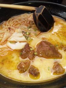 ソラトブ ドンブリ in 愛知-麻辣牛肉面(30元)・(約¥450)