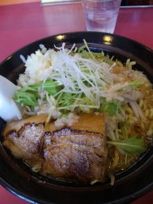 ソラトブ ドンブリ in 愛知-メガ豚 白エビラーメン(¥880)