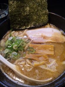 ソラトブ ドンブリ in 愛知-白の麺