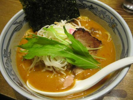 ソラトブ ドンブリ in 愛知-女 味噌にぼしらーめん(¥750)