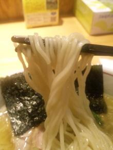 ソラトブ ドンブリ in 愛知-細麺