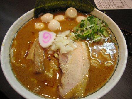 ソラトブ ドンブリ in 愛知-辛らーめん~辛みそ(¥750)+玉子
