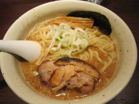 ソラトブ ドンブリ in 愛知-味噌らー麺(¥800)