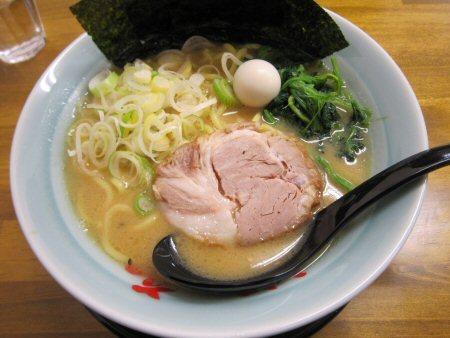 ソラトブ ドンブリ in 愛知-みそ豚骨ラーメン(¥700)
