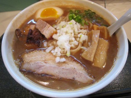 ソラトブ ドンブリ in 愛知-大人のシブメのアゴ出汁濃厚らー麺DX(¥880)
