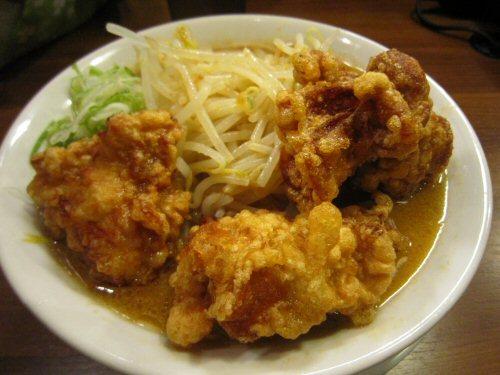 ソラトブ ドンブリ in 愛知-唐揚げラーメン・味噌(¥840)