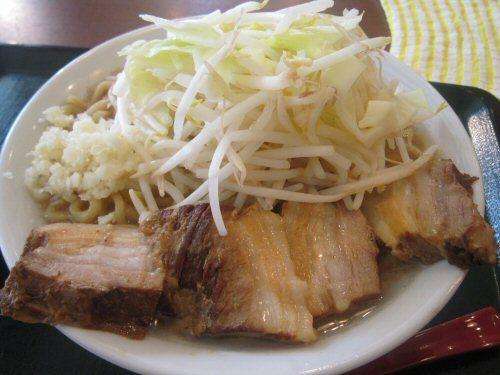 ソラトブ ドンブリ in 愛知-肉増しラーメン(¥880)