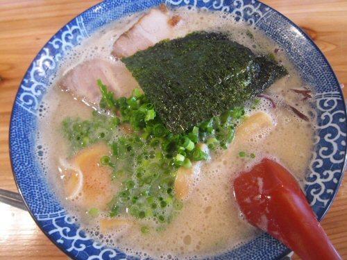 ソラトブ ドンブリ in 愛知-濃厚博多とんこつ・全部のせ(¥680)