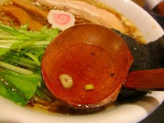 ゆず 醤油ラーメン スープ
