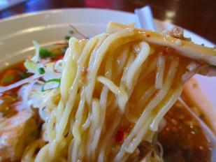 そら 麻婆麺 麺