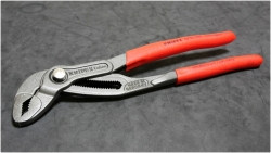 KNIPEX 87-01-250 Cobra® Hightech Water Pump Pliers [2013 05/13]