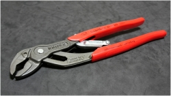 KNIPEX 85-01-250 SmartGrip® Water Pump Pliers with automatic adjustment [2013 04/20]