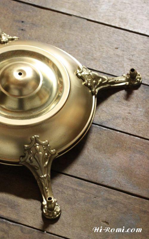 シャンデリア・アンティーク・ヴィンテージ 照明 真鍮製 輝き 磨き さび落とし