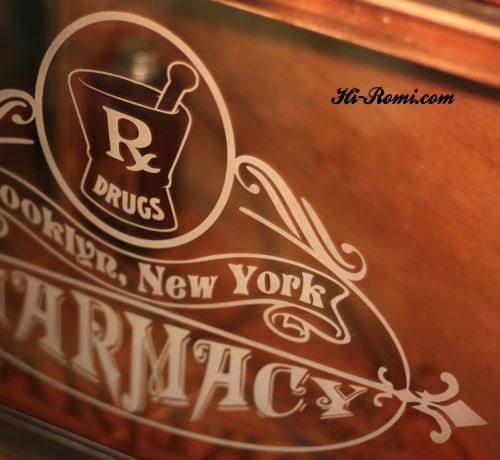 ファーマシー ドラッグストア アメリカンウッドサイン 木製看板 オールドファッション アンティーク ヴィンテージ ハンドペイント Hi-Romi.com 20120928-1