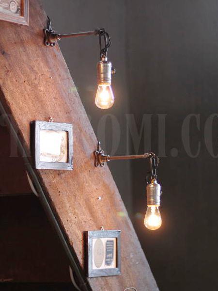 USAヴィンテージ工業系角度調整付壁掛ライト/アンティークアトリエ照明