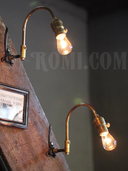 USA工業系真鍮製スウィングアームブラケット壁掛ライトB/ヴィンテージ照明 関西 神戸 Hi-Romi.com ハイロミドットコム
