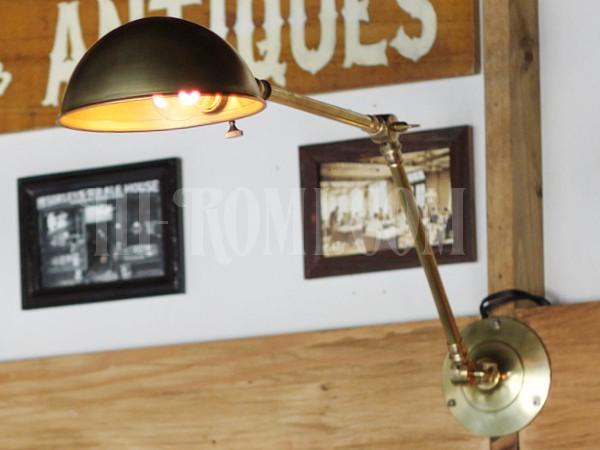アメリカヴィンテージ角度調整&ラウンドシェード付真鍮ブラケットランプB/アンティークインダストリアルライト照明