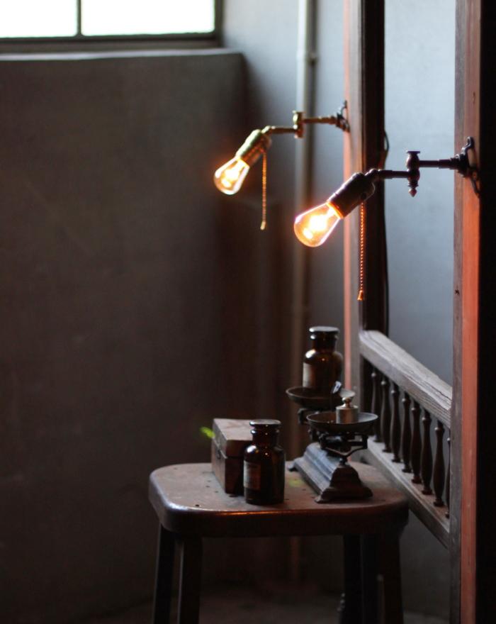 USA工業系スウィングアーム真鍮壁掛ライトA/アンティーク照明