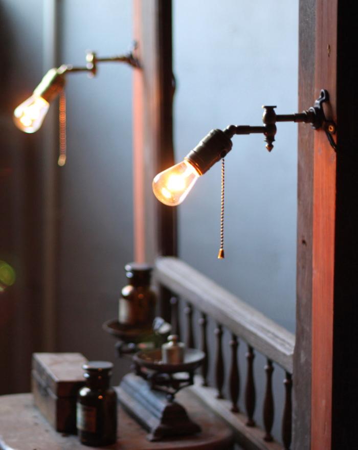 LEVITON工業系スウィングアーム真鍮壁掛ライトB/アンティーク照明ランプ Hi-Romi.com 修理 オーバーホール インダストリアル