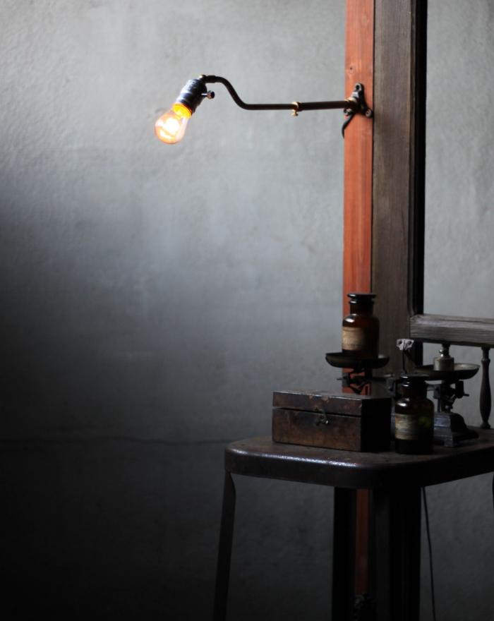 LEVITONソケット工業系伸縮アーム壁掛ライト/アンティーク照明