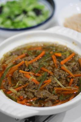 野菜たっぷりプルコギ風ピリ辛鍋