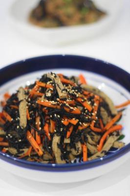 高野豆腐とひじきとにんじんの炒め煮