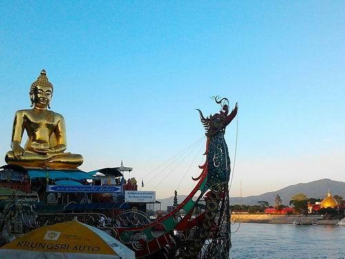 2012115メコン川