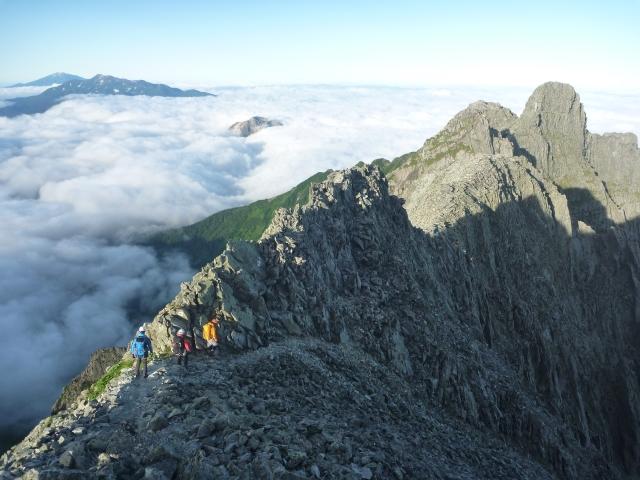 2)奥穂高岳からジャンダルムへ向かう