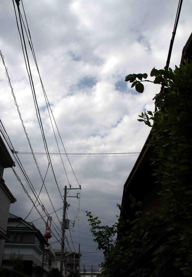 5月28日の上空寒気と雷雲(3) 北の空