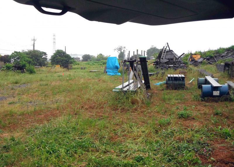 雨降りしきる訓練場で(1)