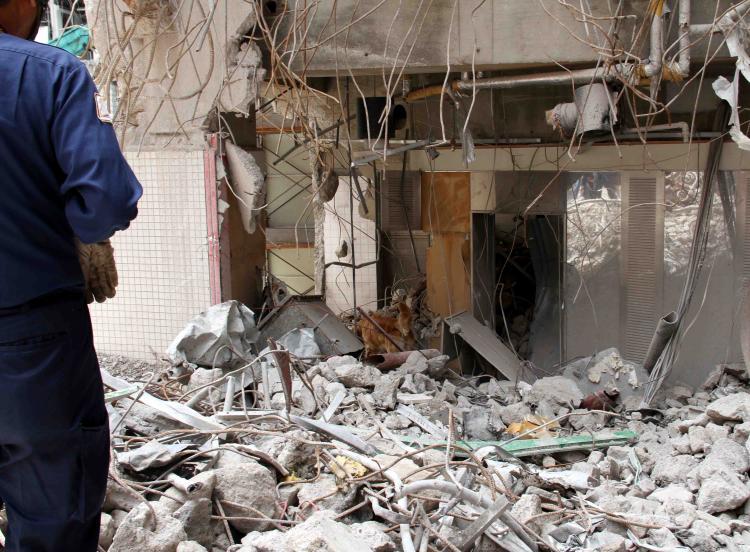 解体瓦礫で訓練(2)
