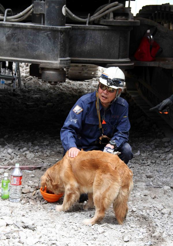 解体瓦礫で訓練(15)