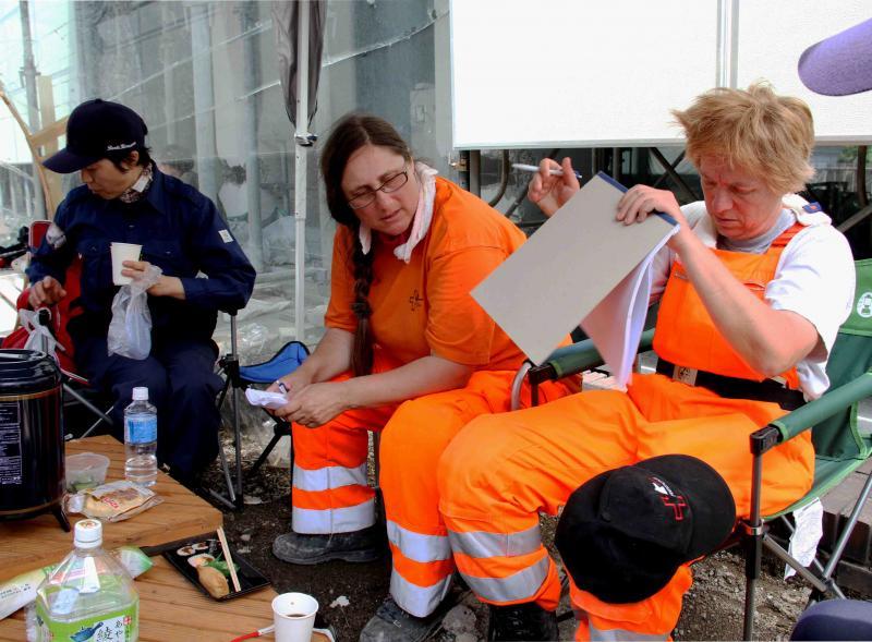 解体瓦礫で訓練(17)