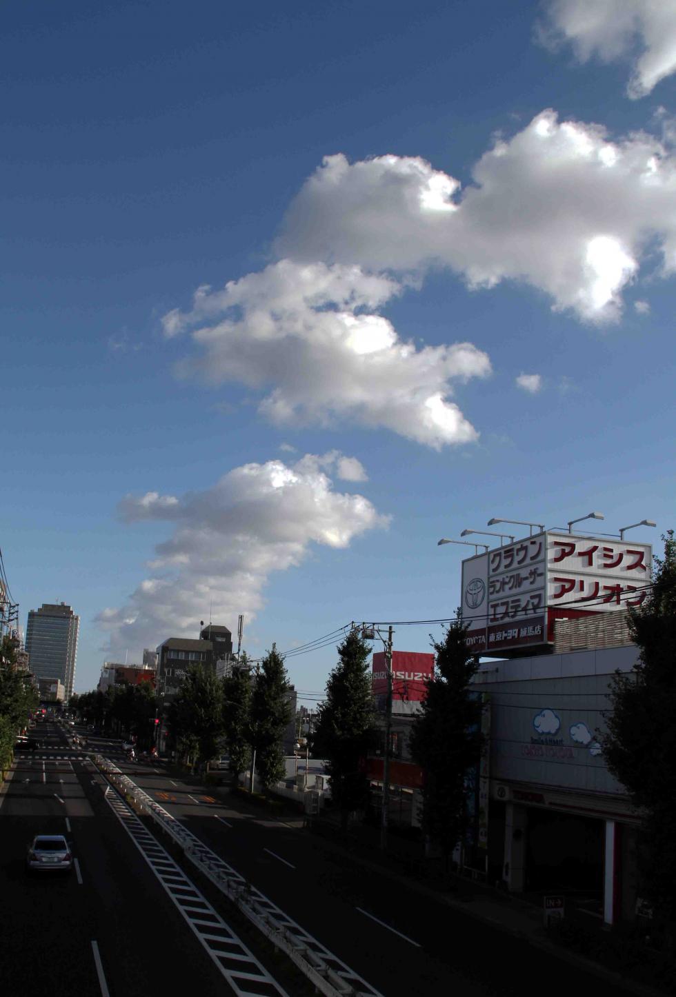 環八雲 20120819(2) 16時49分 笹目通り土支田付近から谷原方面